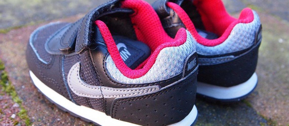 נעלי ספורט נייק