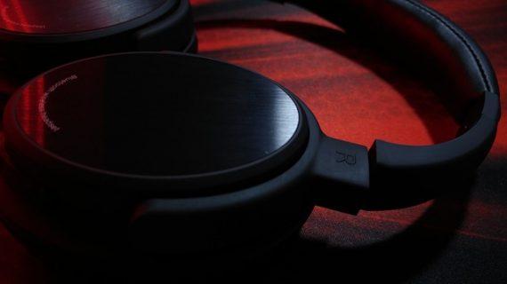 במה שונות אוזניות גיימינג מאוזניות רגילות