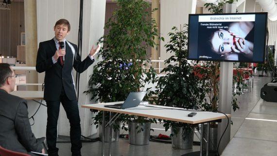 איך הרצאות על מכירות מגדילות הכנסות?