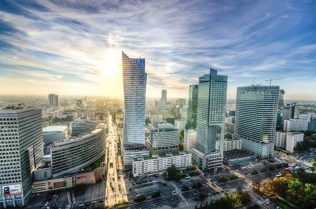 """כמה עולה נדל""""ן בפולין? כל מה שצריך להכיר על נדל""""ן בפולין"""