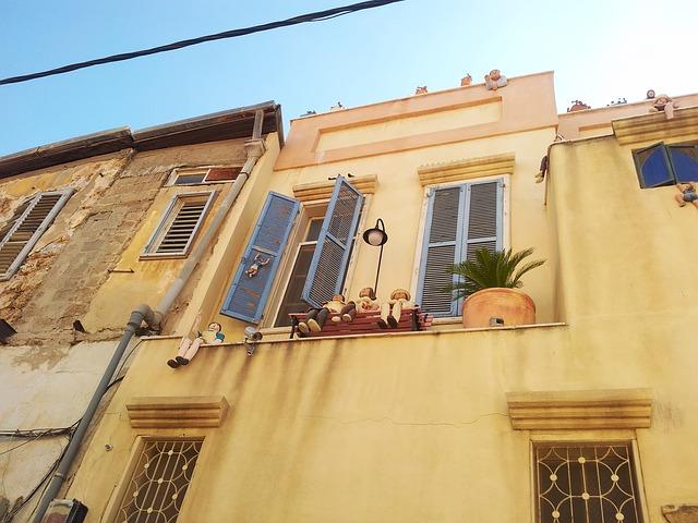 האם כדאי לגור בשכונת נווה צדק בתל אביב?