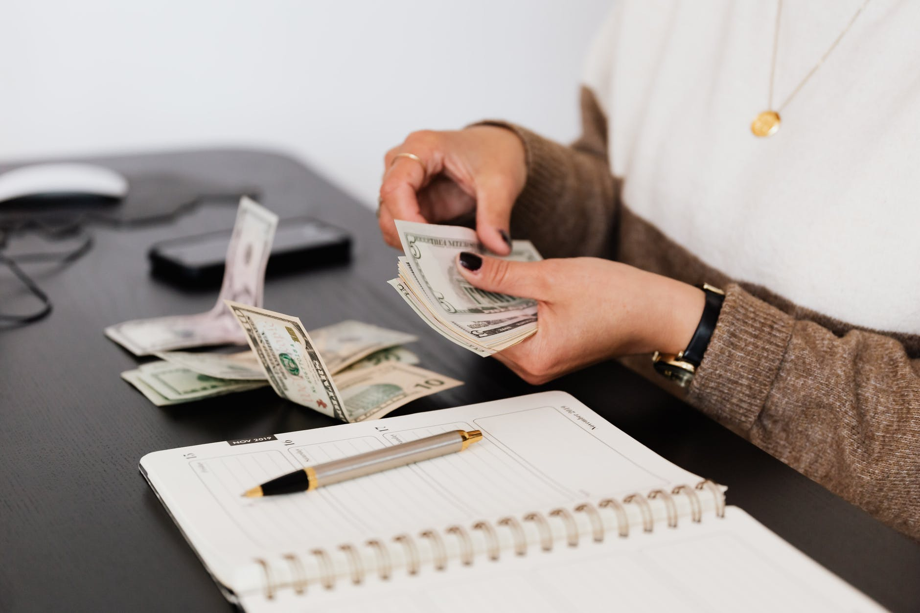 איך ליצור הכנסה פסיבית?