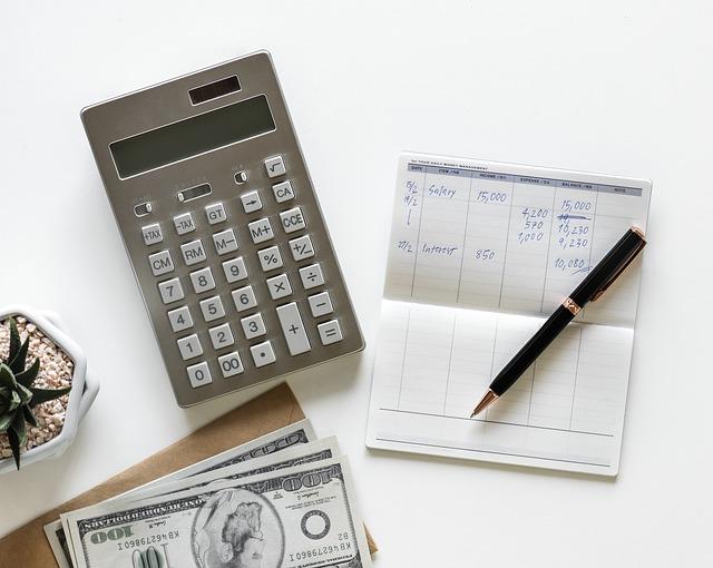 בודק שכר מוסמך – איך נבחר אותו?